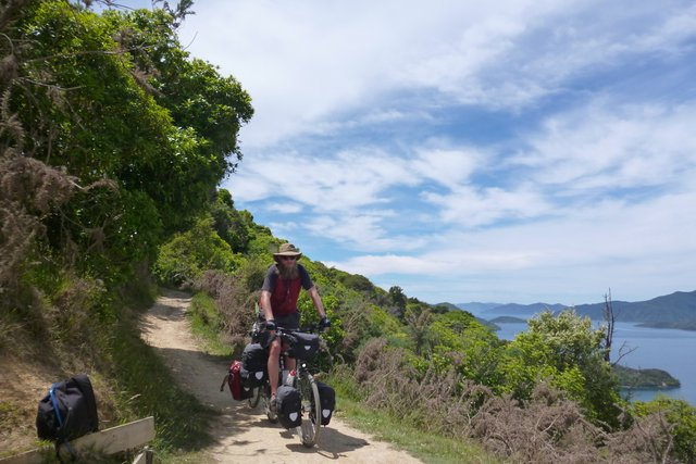 riding queen charlotte track