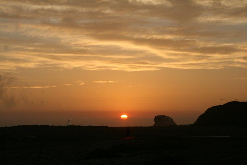 sunset at Hearst San Simeon State Park