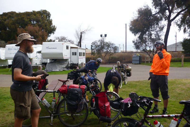 Chatting to other cycle tourers
