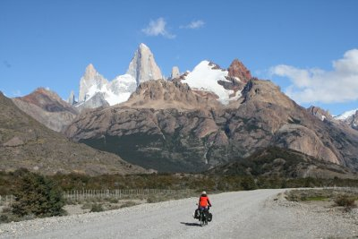 el Chalten cycle touring fitz roy