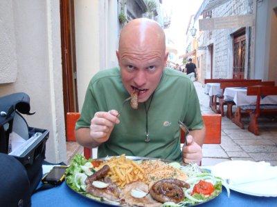 eating in Omis