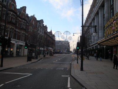 london empty streets 09